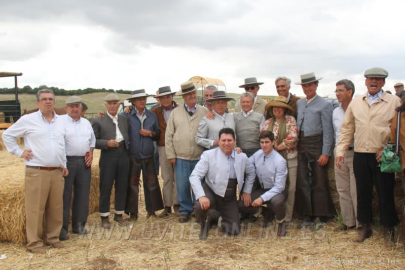 Algunos de los participantes en este tentadero a campo abierto en Homenaje a Juan Belmonte