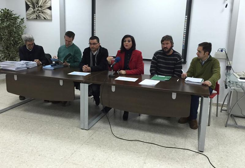 La Junta destina más de 430.000 euros a la reforma de unas 60 de viviendas en cinco municipios de la provincia