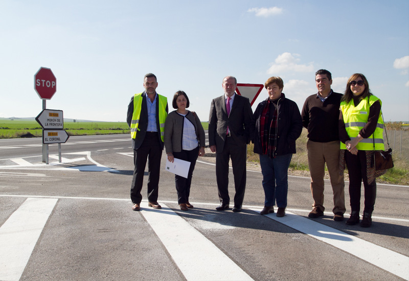 Finalizan las obras en la carretera provincial SE-5206 que une El Coronil con otros municipios del entorno