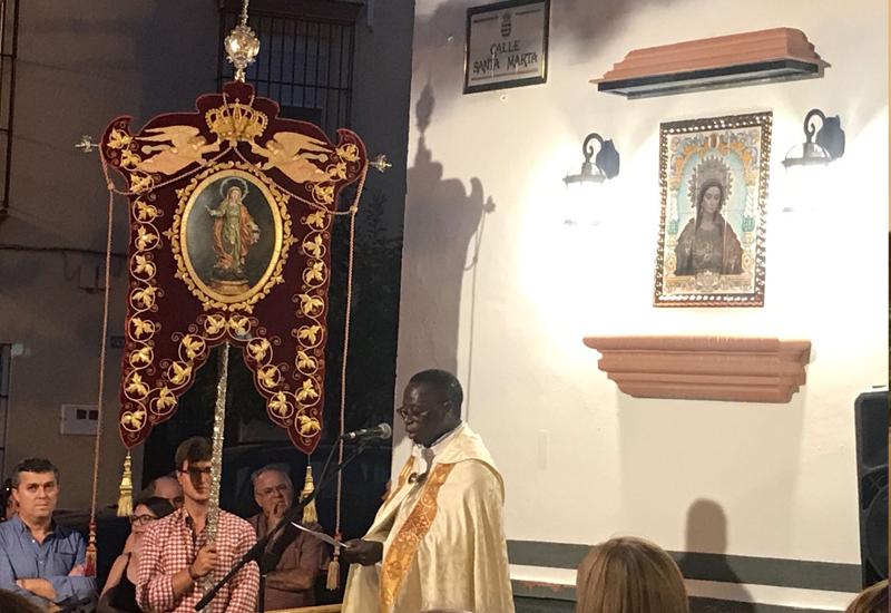 Los vecinos de Los Molares inauguran un retablo cerámico en honor a su Patrona Santa Marta
