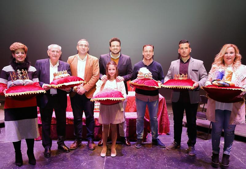 LOS PALACIOS Y VILLAFRANCA CORONA A LOS REYES MAGOS, HERALDO REAL, CARTERO REAL Y ESTRELLA GUÍA DE LA CABALGATA 2019
