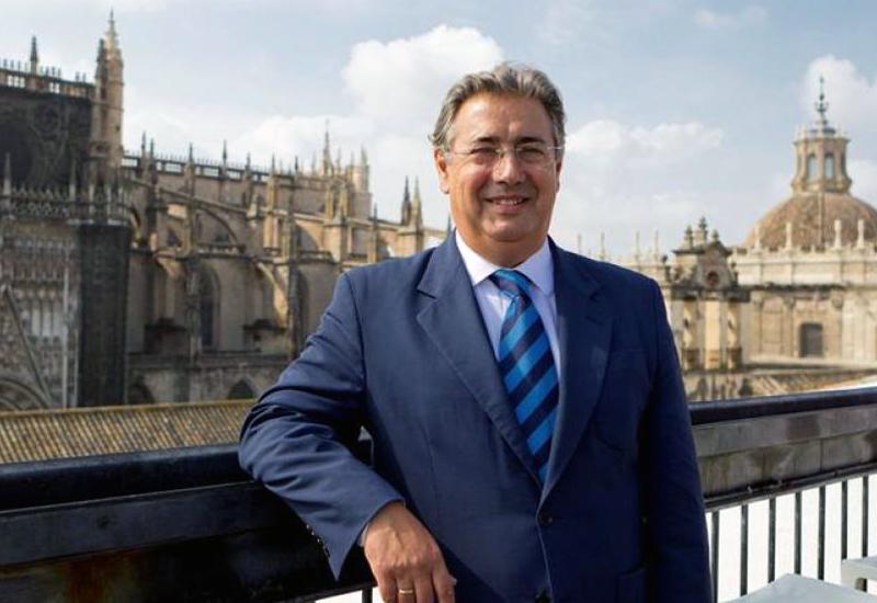 LA CASA SALESIANA DE UTRERA SE VISTE DE GALA PARA DAR LA BIENVENIDA A LA NAVIDAD