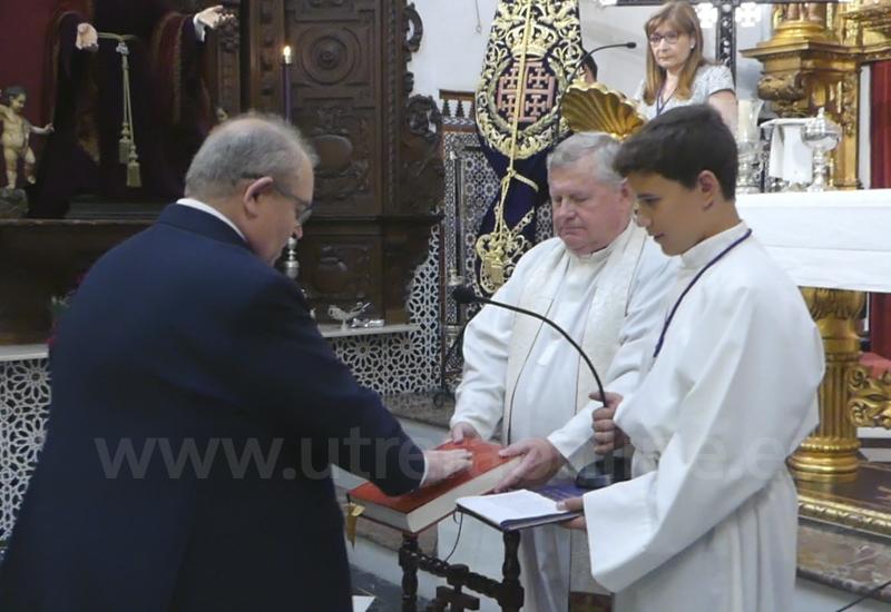 TOMA POSESIÓN LA NUEVA JUNTA DE GOBIERNO DE LA HERMANDAD DE JESÚS NAZARENO